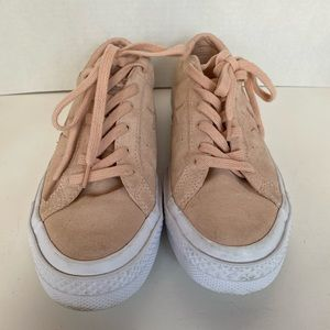 Converse All-Star Pink Suede Chuck Taylor Shoes